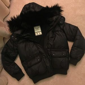 New Water/Wind Resistant Puffer Bomber Jacket